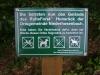 Die Anweisungen der grünen Schilder sollten unbedingt beachtet werden.