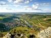Blick vom Lemberg auf den Weinort Oberhausen an der Nahe